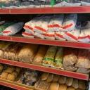 Brød og bakevarer på plass i butikken :)
