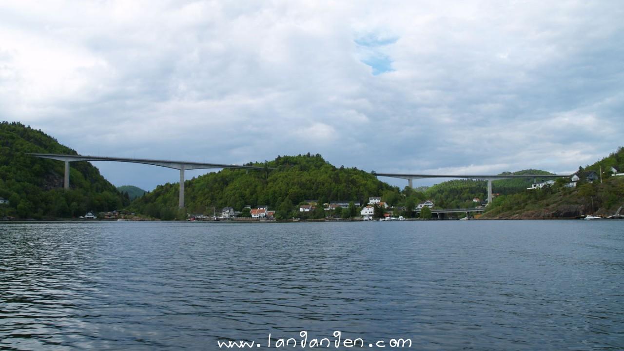 broene i Langangen